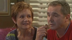 Susan Kennedy, Karl Kennedy in Neighbours Episode 5991