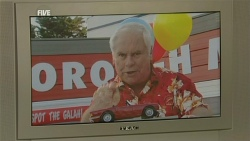Lou Carpenter in Neighbours Episode 5991