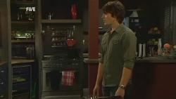 Declan Napier in Neighbours Episode 5991
