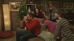 Karl Kennedy, Libby Kennedy, Susan Kennedy, Ben Kirk in Neighbours Episode 5992