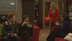 Ringo Brown, Prue Brown, Donna Freedman, Kate Ramsay in Neighbours Episode 5992