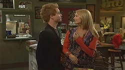 Ringo Brown, Donna Freedman in Neighbours Episode 5993