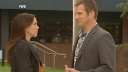 Libby Kennedy, Michael Williams in Neighbours Episode 5993