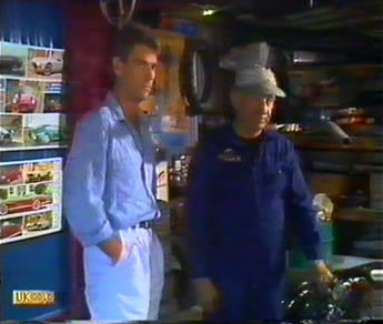 Jeremy Lord, Rob Lewis in Neighbours Episode 0481