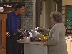 Sam Kratz, Marlene Kratz in Neighbours Episode 2411