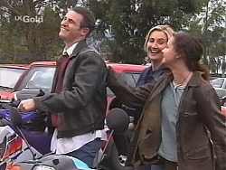 Stonie Rebecchi, Jen Handley, Cody Willis  in Neighbours Episode 2412
