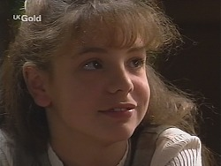 Hannah Martin in Neighbours Episode 2413