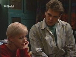 Lucy Robinson, Mark Gottlieb in Neighbours Episode 2414