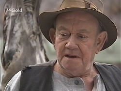 Old Sid in Neighbours Episode 2415