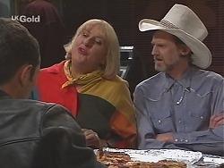 Stonie Rebecchi, Angie Rebecchi, Kevin Rebecchi in Neighbours Episode 2417