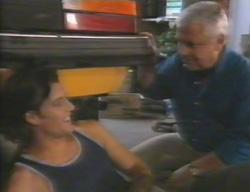 Drew Kirk, Lou Carpenter in Neighbours Episode 3114