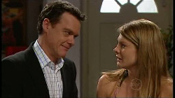 Paul Robinson, Izzy Hoyland in Neighbours Episode 4929