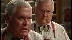 Lou Carpenter, Harold Bishop in Neighbours Episode 4930