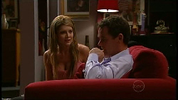 Izzy Hoyland, Paul Robinson in Neighbours Episode 4932