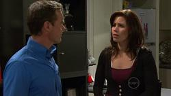 Paul Robinson, Rebecca Napier in Neighbours Episode 5264