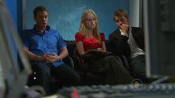 Paul Robinson, Elle Robinson, Oliver Barnes in Neighbours Episode 5264