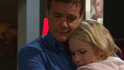 Paul Robinson, Elle Robinson in Neighbours Episode 5265