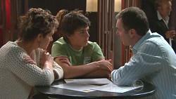 Susan Kennedy, Zeke Kinski, Karl Kennedy in Neighbours Episode 5270