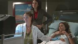 Dr. Peggy Newton, Rosie Cammeniti, Carmella Cammeniti in Neighbours Episode 5272