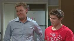 Oliver Barnes, Declan Napier in Neighbours Episode 5274