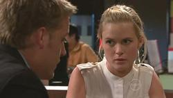 Oliver Barnes, Elle Robinson in Neighbours Episode 5275