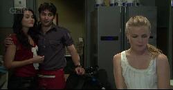 Carmella Cammeniti, Marco Silvani, Elle Robinson in Neighbours Episode 5446