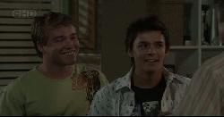 Ringo Brown, Zeke Kinski in Neighbours Episode 5448