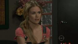 Elle Robinson in Neighbours Episode 5451