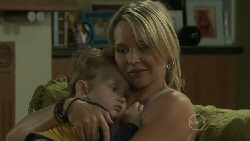 Charlie Hoyland, Steph Scully in Neighbours Episode 5453