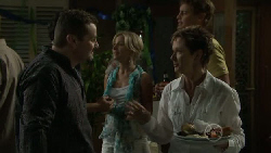 Toadie Rebecchi, Kirsten Gannon, Dan Fitzgerald, Susan Kennedy in Neighbours Episode 5453