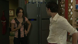 Carmella Cammeniti, Marco Silvani in Neighbours Episode 5454