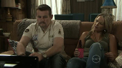 Toadie Rebecchi, Steph Scully in Neighbours Episode 5455