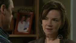 Paul Robinson, Lyn Scully in Neighbours Episode 5461