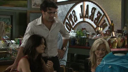 Carmella Cammeniti, Marco Silvani, Samantha Fitzgerald in Neighbours Episode 5464