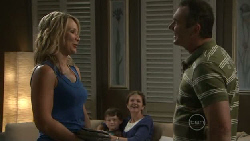 Steph Scully, Ben Kirk, Susan Kennedy, Karl Kennedy in Neighbours Episode 5464