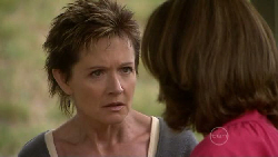 Susan Kennedy, Lyn Scully in Neighbours Episode 5465