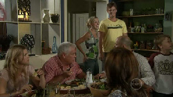 Elle Robinson, Lou Carpenter, Kirsten Gannon, Ned Parker, Rebecca Napier, Steve Parker, Mickey Gannon in Neighbours Episode 5467