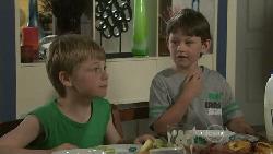 Mickey Gannon, Ben Kirk in Neighbours Episode 5468