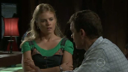 Elle Robinson, Paul Robinson in Neighbours Episode 5468