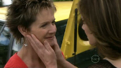 Susan Kennedy, Lyn Scully in Neighbours Episode 5468