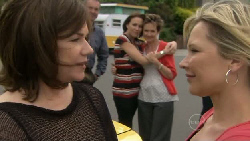 Lyn Scully, Libby Kennedy, Susan Kennedy, Steph Scully in Neighbours Episode 5468