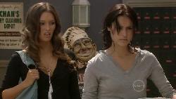 Sienna Cammeniti, Carmella Cammeniti in Neighbours Episode 5469