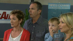 Susan Kennedy, Karl Kennedy, Charlie Hoyland, Steph Scully in Neighbours Episode 5470