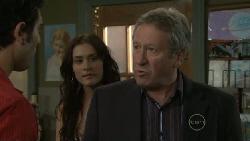 Marco Silvani, Carmella Cammeniti, Franco Silvani in Neighbours Episode 5472