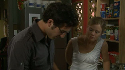 Marco Silvani, Elle Robinson in Neighbours Episode 5474