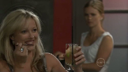 Samantha Fitzgerald, Elle Robinson in Neighbours Episode 5474