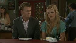 Oliver Barnes, Elle Robinson in Neighbours Episode 5480