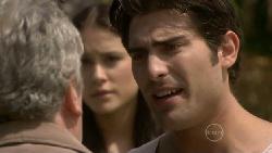Franco Silvani, Carmella Cammeniti, Marco Silvani in Neighbours Episode 5480