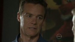 Paul Robinson in Neighbours Episode 5480