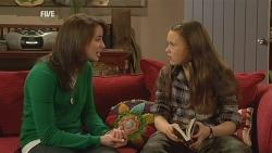 Kate Ramsay, Sophie Ramsay in Neighbours Episode 5966